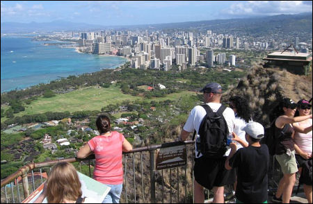 Diamond Head - Lookout across Waikiki